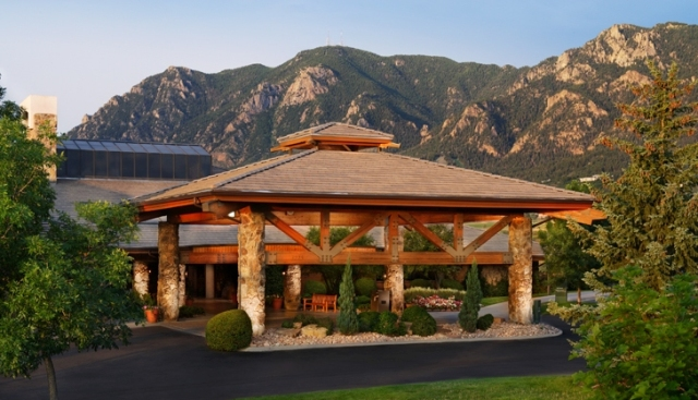 a visit to a mountain resort Welcome to visit blue mountain  blue mountain ski resort accommocations  or you could visit wasaga beach or go fruit picking at many of the agri-tour options .